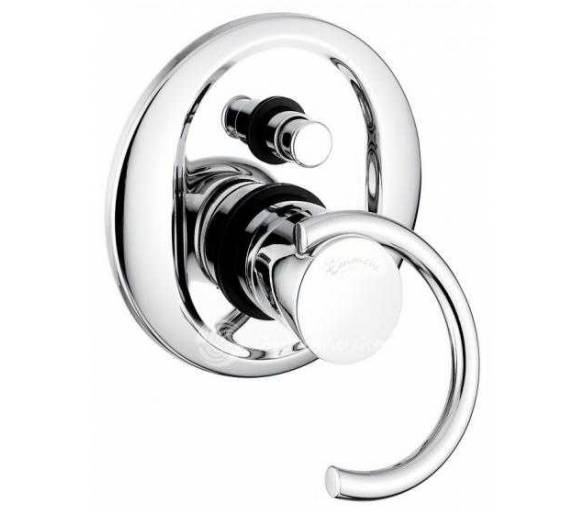 Смеситель скрытого монтажа для ванной Emmevi Twist